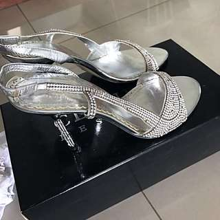 Beautiful Evening Wear Shoes Suitable For Dinner Or Wedding