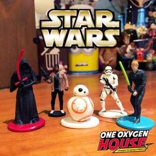 🚚 絕版 星際大戰 STAR WARS 黑武士 光劍 公仔 BB-8 玩具 擺飾 場景 擺件 白兵 尤達 5隻一組
