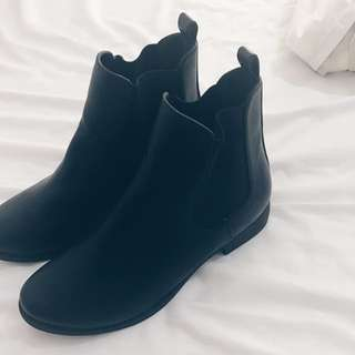 Black Size 6 Boots