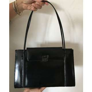 Salvatore Ferragamo Look Bag Black