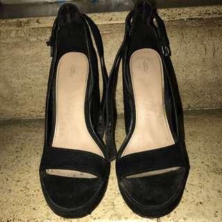 Zara Trafaluc Black Wedges