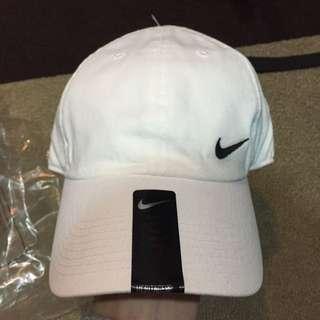 Nike 老帽
