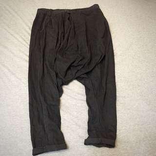 🚹上寬下窄管褲 非彈性布料 版型好看