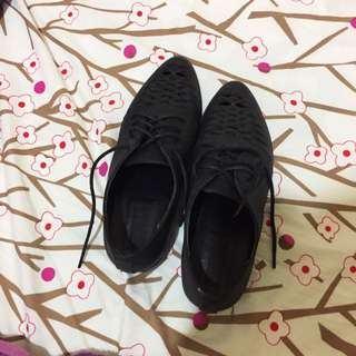 Forever 21 Size 37