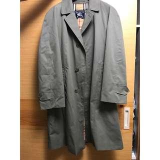 英國二手市集購回Burberrys風衣外套
