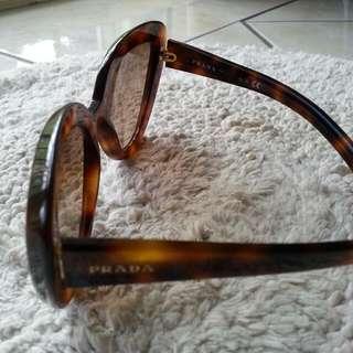 PRADA Cateye Sunglasses. Few Scratches On The Glass.Decent Replica
