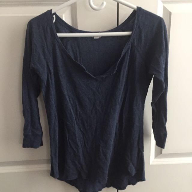 3/4 sleeve navy shirt