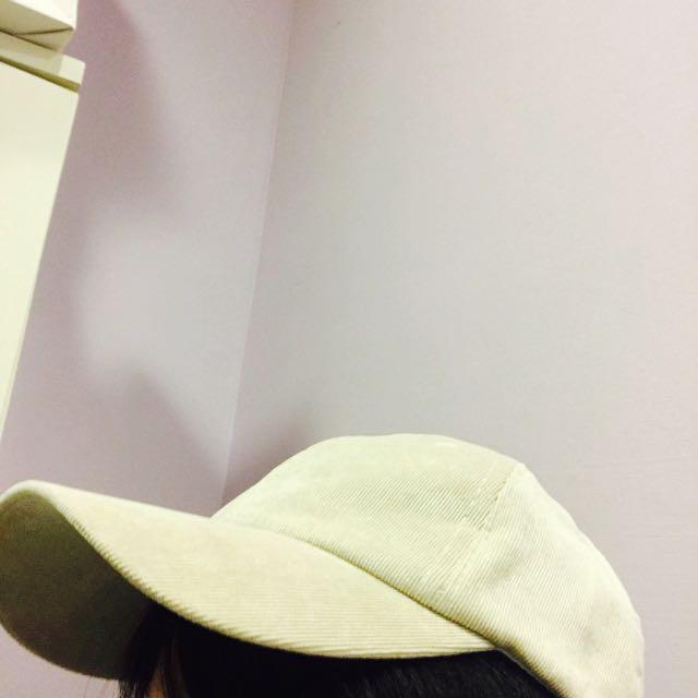 全新米色帽
