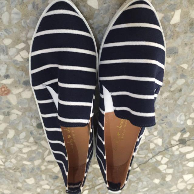 藍白條紋休閒鞋