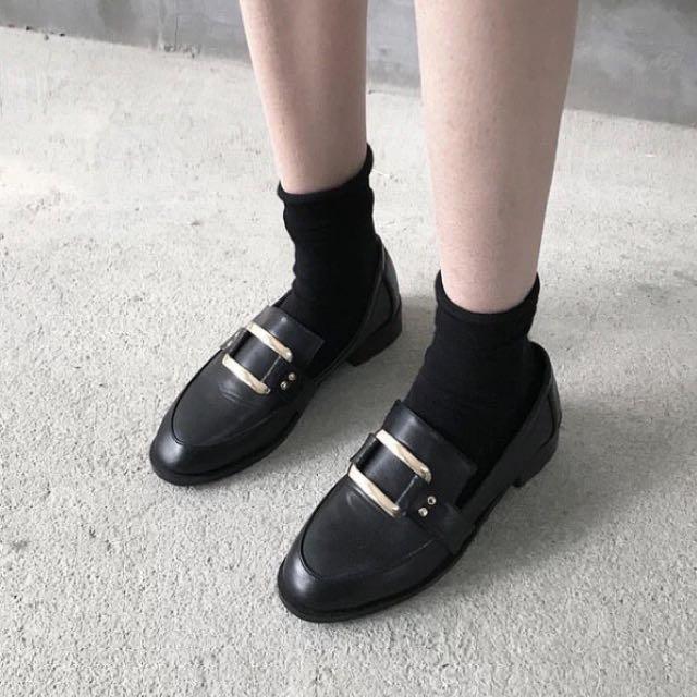 全新僅試穿 方頭造型低跟鞋36