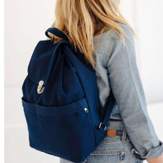 Baggu 深藍後背包