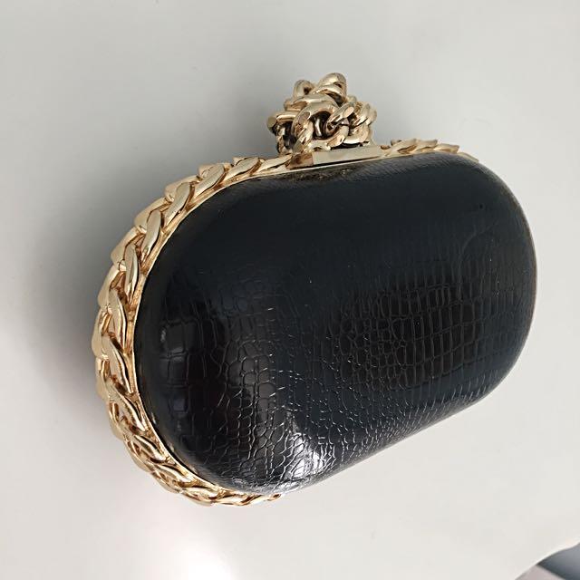 Black Clutch