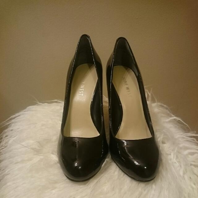 Black Shoe Size 5