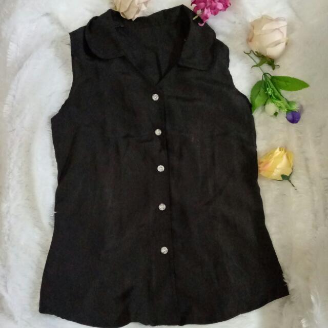 Black T'shirt