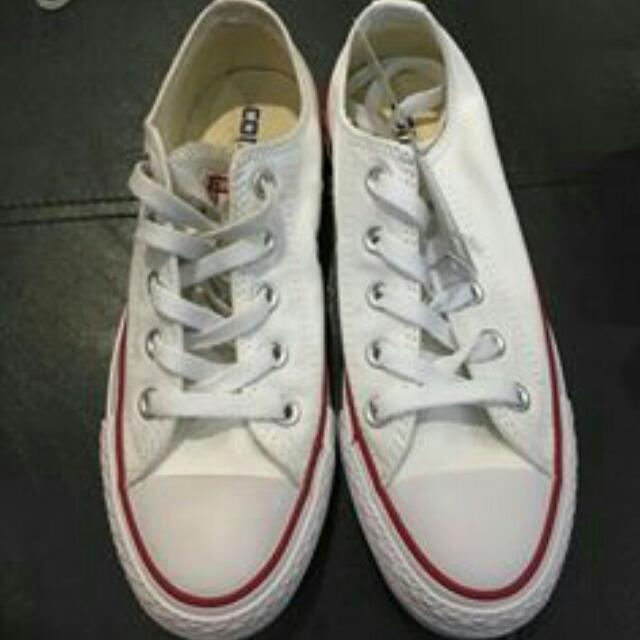 orig.Converse Women's  used Once 1800+sf.