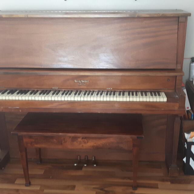 Henry Herbert By Mason & Risch piano