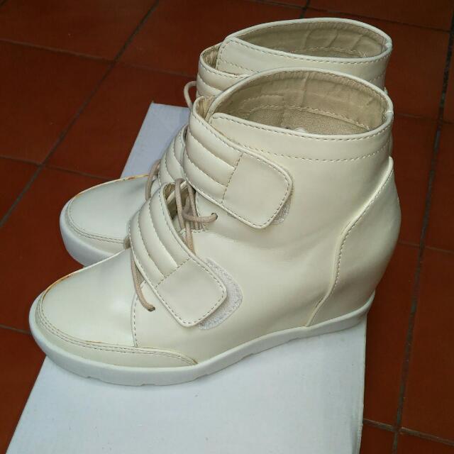 Lazada Hidden Heel Sneakers.