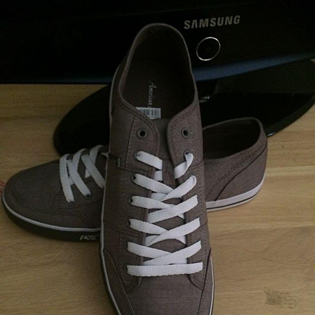 Men's Foot Wear Size 11