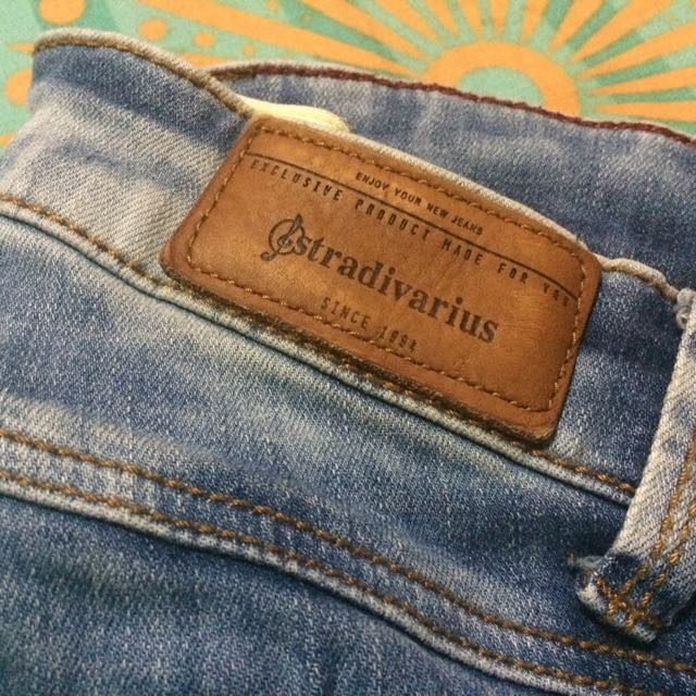 Ripped Jeans Stradivarius