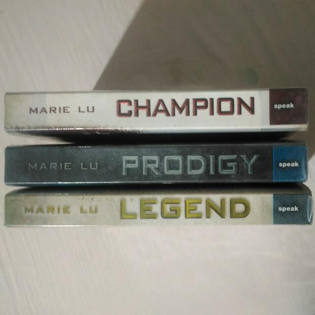 [SIGNED YA NOVELS] Legend Trilogy by Marie Lu