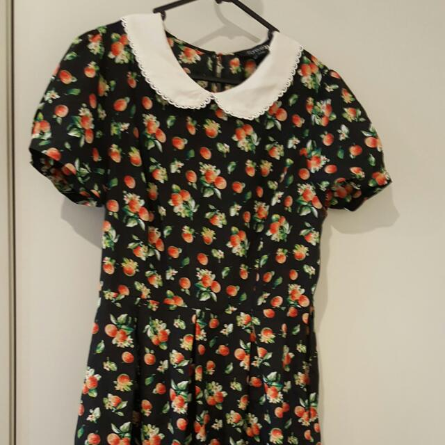 Size Medium FOREVER 21 Strawberry DRESS