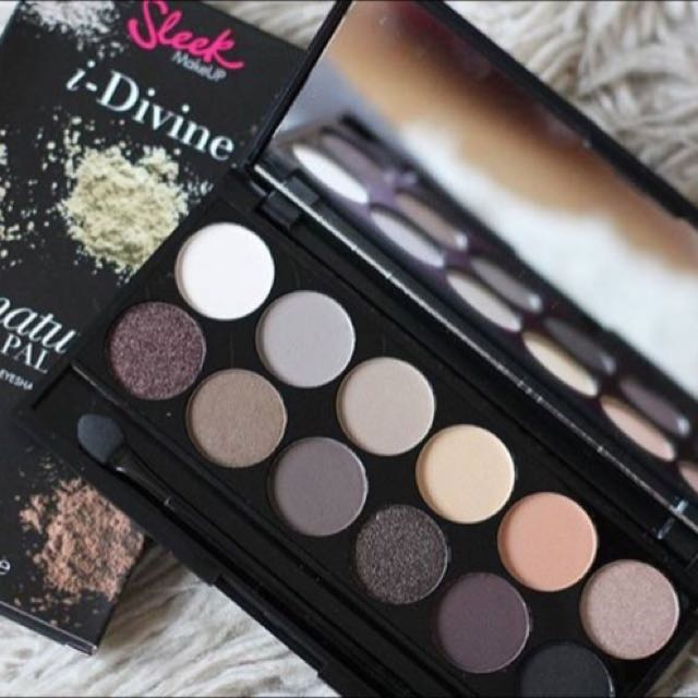 Sleek I-Divine Eyeshadow Palette Au Naturel