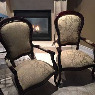 Solid Wood Accent Chairs