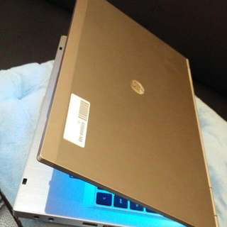Core i7 2.7Ghz|Radeon 1Gb|750gb|4Gb|14"