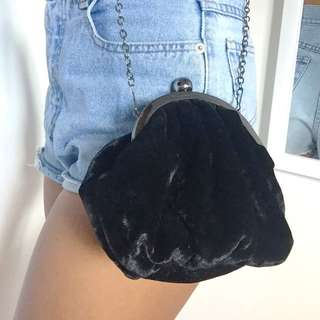 Black Velvet Nineties Bag