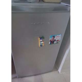 """Kelvinator 38""""X22"""" Personal Ref - FOR PICKUP from March 24 until March 27 only"""