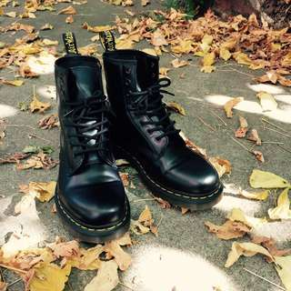 (Reserved) New Black Doc Martens