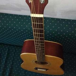 補給站樂器一手吉他 轉賣流行教學書兩本guitar