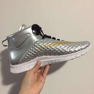 New Nike Venom Silver