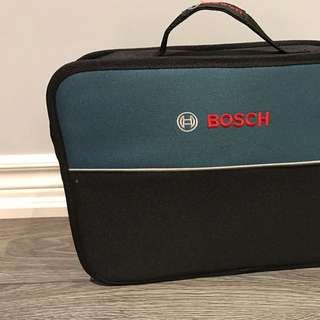 Bosch Drill With Three Batteries