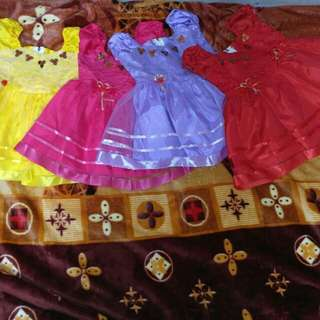 Baju Pesta Anak Usia 1-4 Tahun