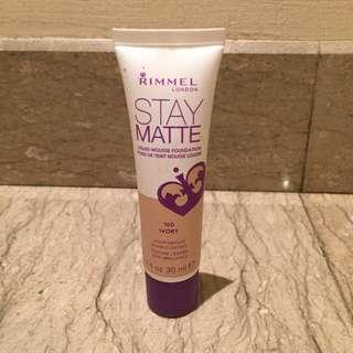 Rimmel London Stay Matte Liquid Foundation
