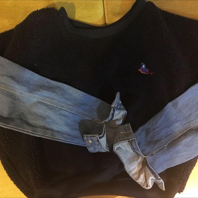 長袖短版牛仔袖拼毛料衣服