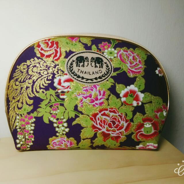 泰國 花漾刺繡化妝包
