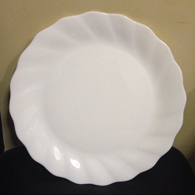 Pre-loved Arcopal Serving Platter 12""