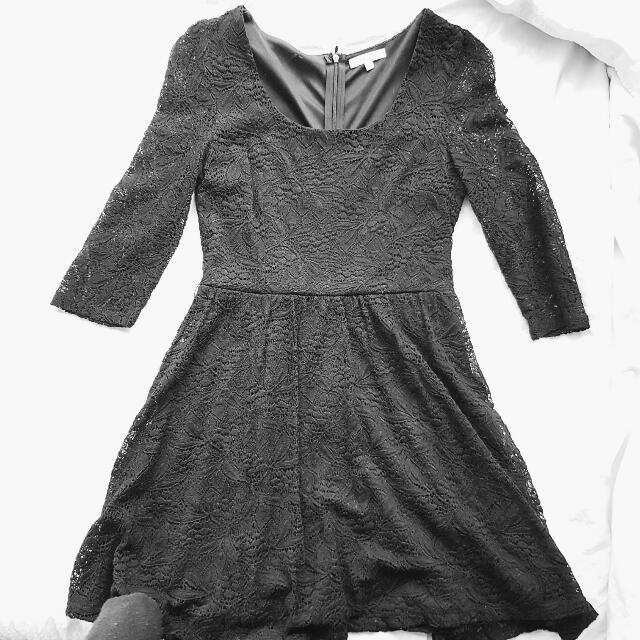 Black Laced Dress (S)