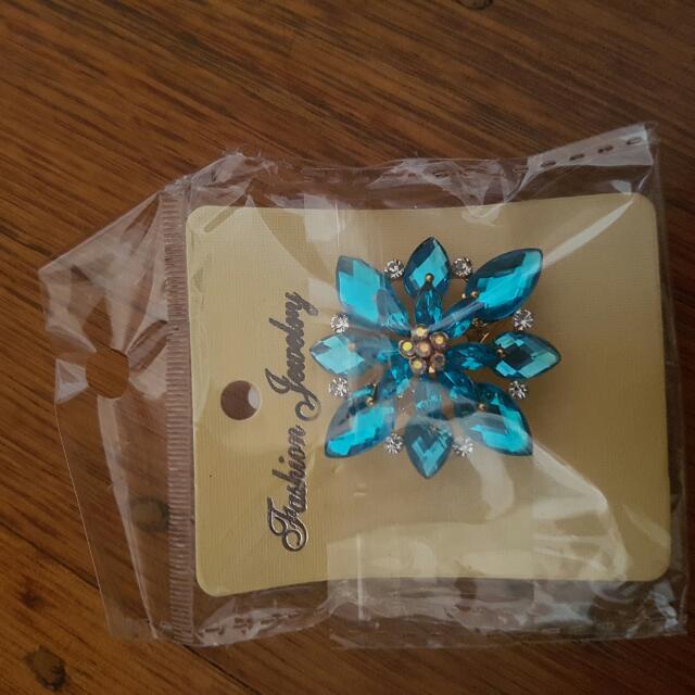 Blue Flower Broach