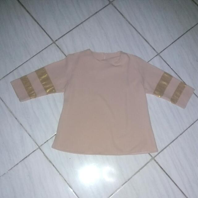 Brown And Gold Shirt Turun Harga Dr 50.000