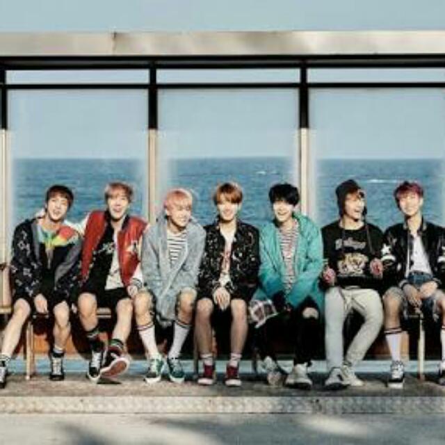 BTS YNWA Poster Album (Free Tube)