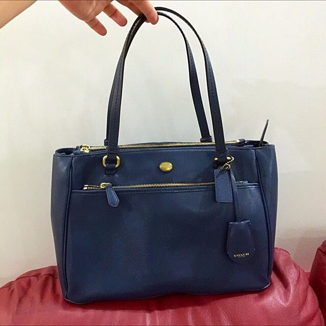 Coach Navy Blue Leather Shoulder Bag With Sling (like Prada Saffiano)
