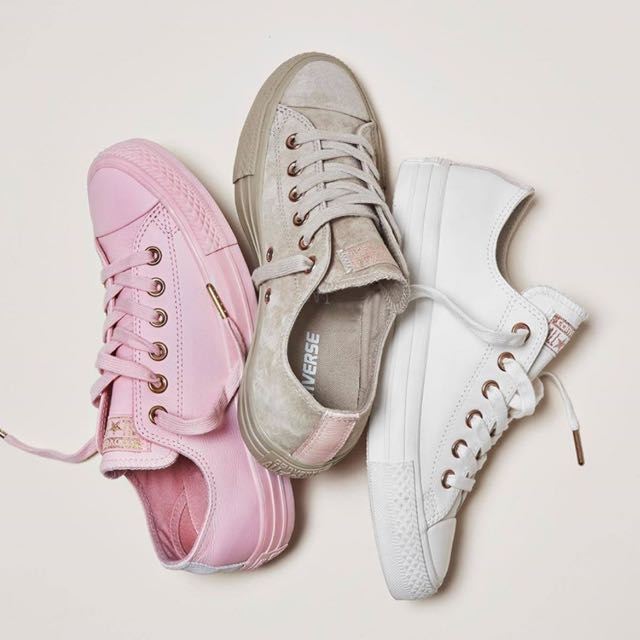 Converse Holiday Nude Collection, Women's Fashion, Shoes on