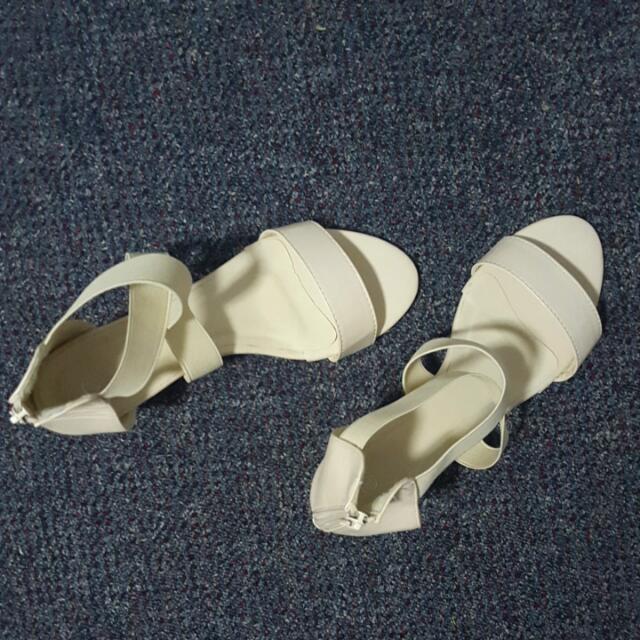 Cream Sandals Size 8