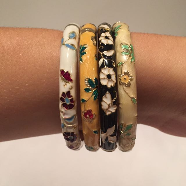 Detailed Braclets