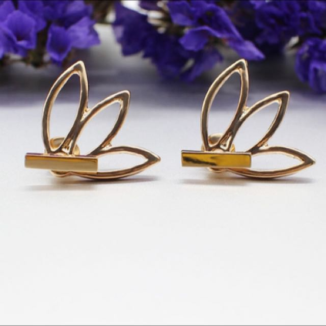 Flower Studs Gold Plated