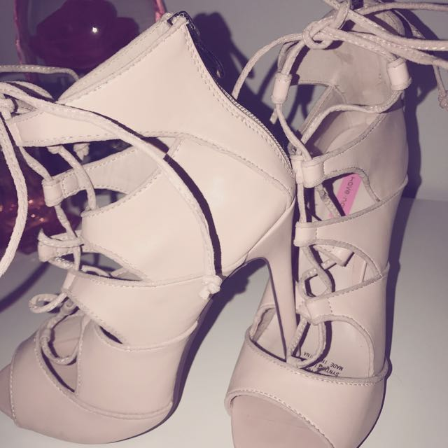 Lace Up Heels (Size 9)