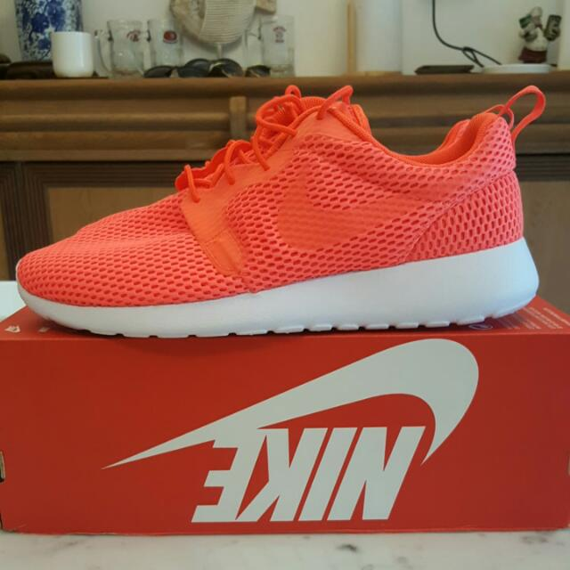 new concept 73563 5b44e Nike Roshe One HYP BR, Sports, Sports Apparel on Carousell